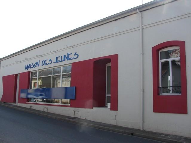 Maison des Jeunes et de la Culture / Annuaire des équipements ...